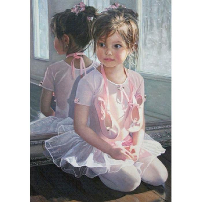 Картина по номерам с цветной схемой на холсте Molly арт.KK0678 Маленькая балеринка 30х40 см