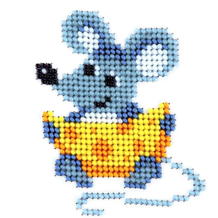 Набор для вышивания бисером LOUISE арт. L418 Мышь с сыром 11х11 см