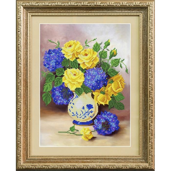 Рисунок на габардине бисером БЛАГОВЕСТ арт.К-3109 Розы и гортензии 28х38 см