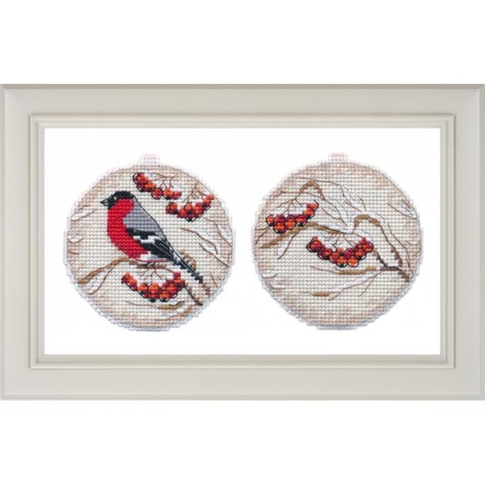 Набор для вышивания ОВЕН арт. 1140 Ёлочная игрушка. Рябинка 8,5х8 см