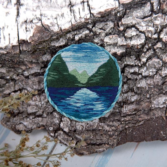 """Набор для вышивания PANNA """"Живая картина"""" арт. JK-2143 Брошь. Горное озеро 5,5х5,5 см"""