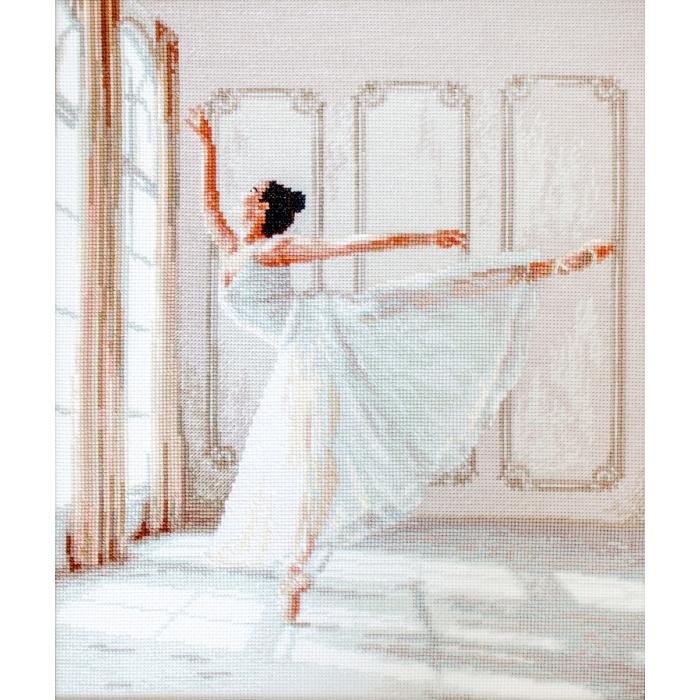 Набор для вышивания LETI арт. 901 Балерина 26,5х32 см