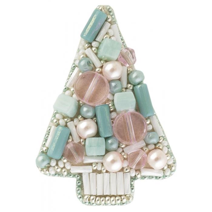 Набор для бисероплетения Crystal Art арт.БП-182 Голубая ель брошь 4,5х6 см