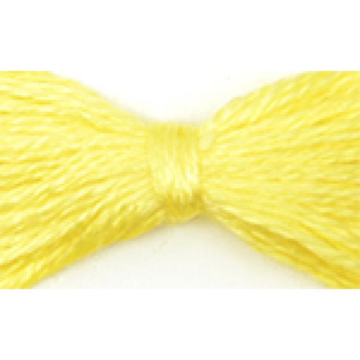 Нитки мулине цв.0206 св.желтый 12х10м С-Пб